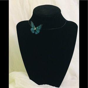 🦋🦋Beautiful 3D floating butterfly choker! New🦋